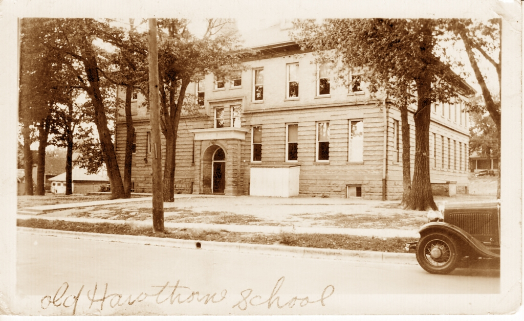 Photo Hawthorne School ca. 1930 courtesy of Leigh Hartridge