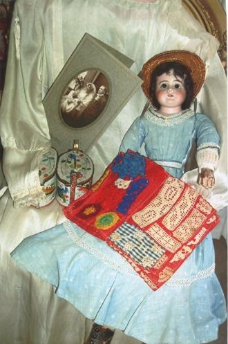 Family mementos belonging to Judith (Foss) Porter